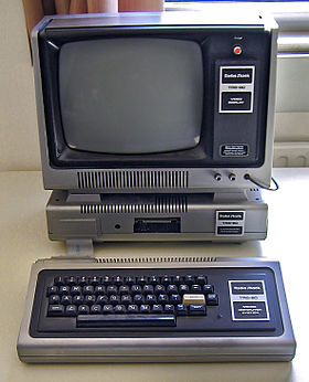 280px-TRS-80_Model_I_-_Rechnermuseum_Cropped